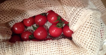 Cherry tomatoes in a Re-Sack