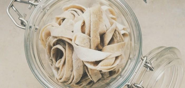 Noodles in a jar