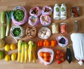 Tips & tricks for grocery shopping with less waste