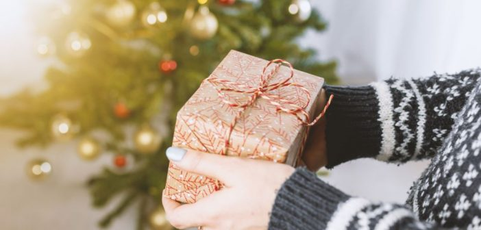 Tips for a plastic-free Christmas